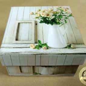 Коробочка дерево корзинка с розами